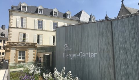 Bierger-Center sur la Place Guillaume II
